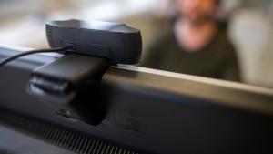 Datenschützer geht gegen Spähsoftware vor