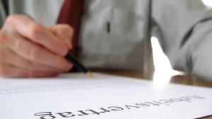 Tücken des ersten Arbeitsvertrages