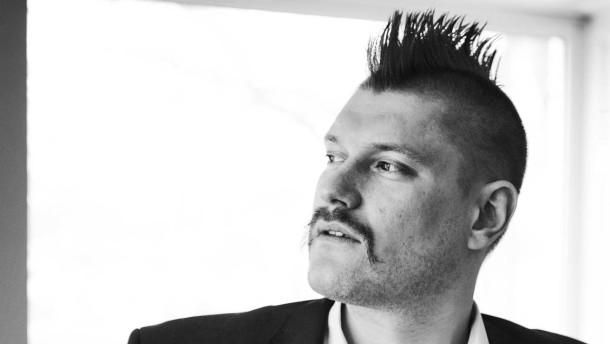 Sascha Lobo - der Blogger und digitale Bohemien spricht in Berlin über seinen Werdegang mit Martin Gropp