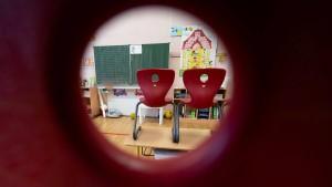 Lockdown verdunkelt Zukunftsaussichten für viele Schüler