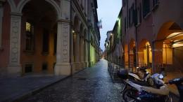 Bologna sehen – und im Kämmerlein lernen