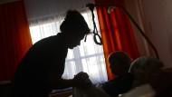 Wie viel Studium braucht der Pflegeberuf?