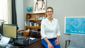 Anke Odrig, Gründerin der Firma Little Bird in ihrem Arbeitszimmer