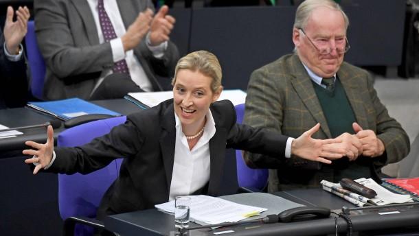 Schäuble warnt vor Alarmismus bei AfD-Kritik