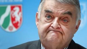 Wieder Razzien nach rechtsextremen Chats bei NRW-Polizei