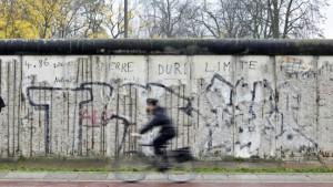Immer Ärger um die Mauer