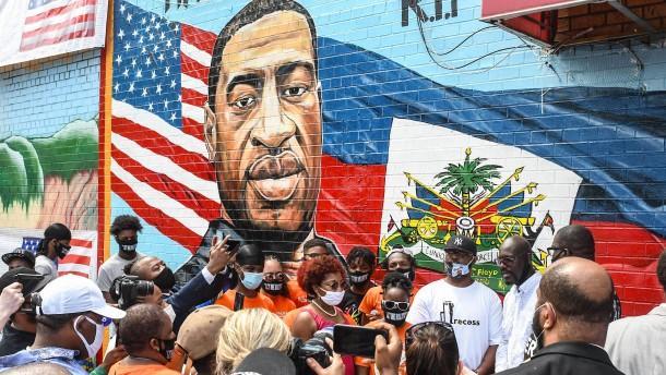 Trump relativiert tödliche Polizeigewalt gegen Schwarze