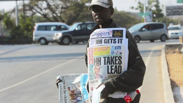 Oppositionsführer Hichilema siegt im sechsten Anlauf
