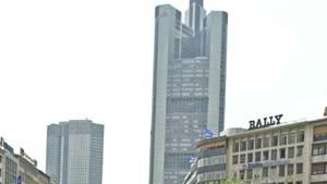 Globalisierungsgegner besetzen italienische Ämter in Deutschland