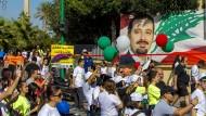 Beliebtheitsschub: Libanesen solidarisieren sich am Sonntag in Beirut mit Saad al Hariri.