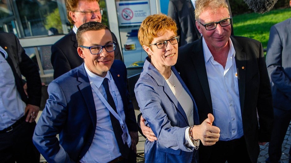 Die alte und neue Ministerpräsidentin des Saarlandes: Annegret Kramp-Karrenbauer (CDU)