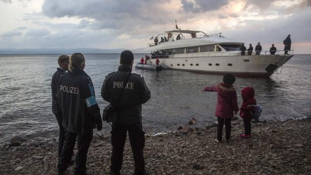 Flüchtlingskrise: Berlin und Paris wollen Frontex stärken