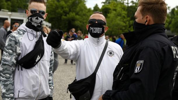 Jeder dritte Deutsche ist die Maske leid
