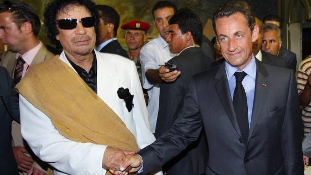 Nahm Sarkozy Millionen von Gaddafi?