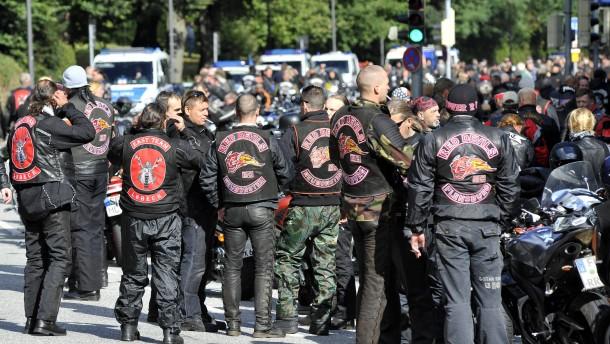 Motorradfahrer demonstrieren gegen Diskriminierung