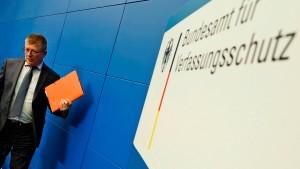 Verfassungsschutz akzeptiert Kölner Beschluss