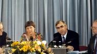 Waigel will in Bayern Wählerinitiative für Merkel gründen