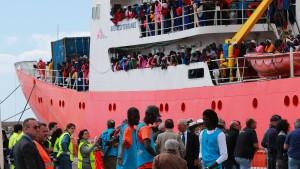 Die Rückkehr der Flüchtlingsdebatte