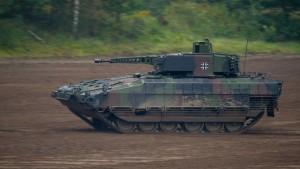 Preis für Schützenpanzer Puma hat sich fast verdoppelt