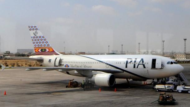 Passagierin stirbt nach Beschuss bei Landung