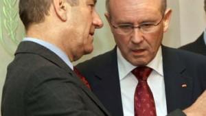 Olmert entschuldigt sich