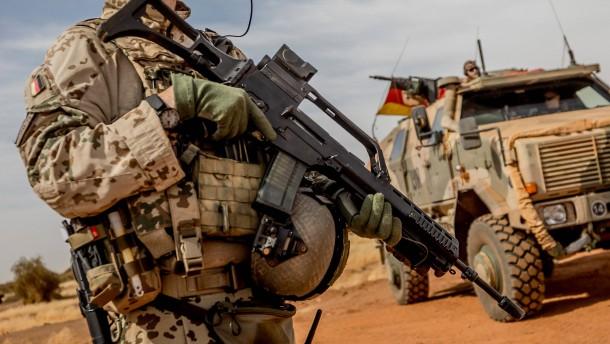 Europäische Länder schicken Spezialkräfte in den Anti-Terror-Einsatz nach Mali