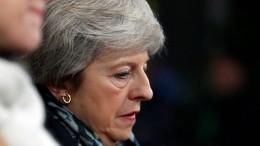May erntet verheerendes Echo in Großbritannien