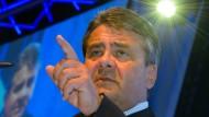 Gabriel plädiert für Konkurrenzkampf um Kanzlerkandidaten