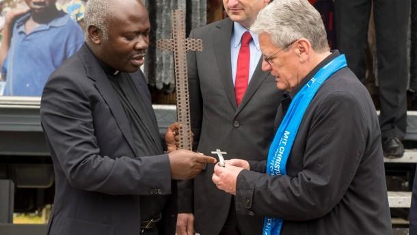 """Gauck kritisiert """"grassierende Gleichgültigkeit"""""""
