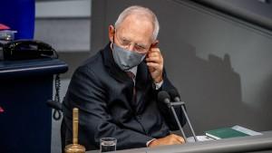 AfD schickt Schäuble Abmahnung wegen Maskenpflicht im Bundestag