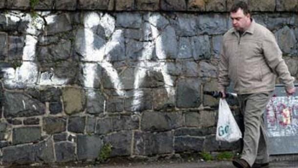 Britische Armee baut Stützpunkte in Nordirland ab