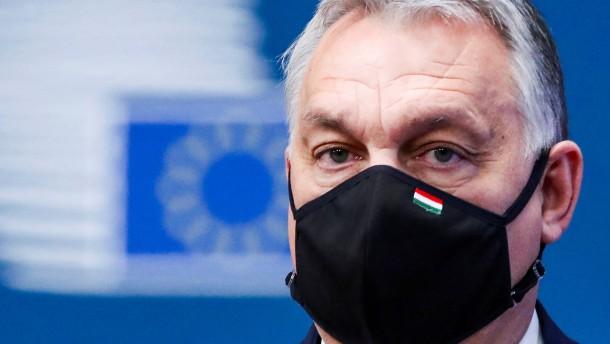 Orban droht mit Austritt der Fidesz-Gruppe