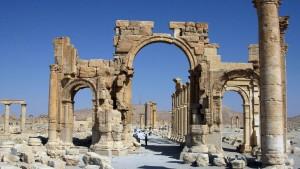 Russland bombardiert Palmyra