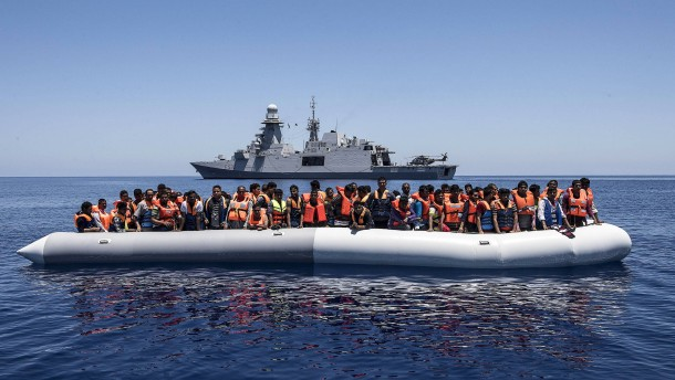 Wie Italien Macrons Migrationsgipfel vorbereitet hat