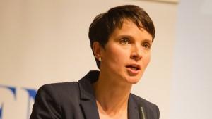 AfD-Führung bremst Frauke Petry