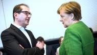 Zwist in der Union: Alexander Dobrindt (CSU) und Angela Merkel (CDU)