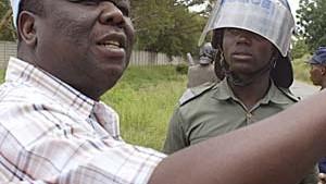 Es fehlt an allem in Zimbabwe - nur nicht an Unzufriedenheit