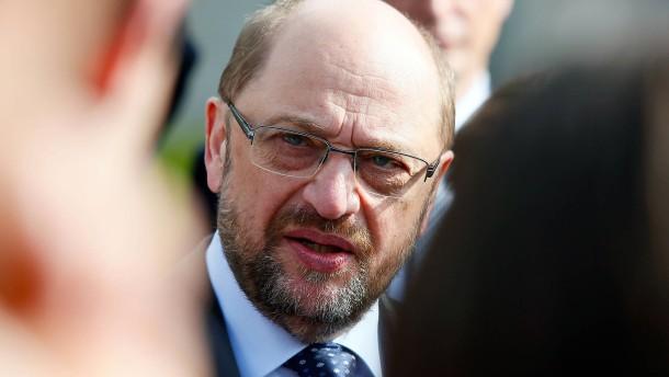 SPD legt im Bund leicht zu