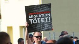"""Slogan """"Migration tötet"""" keine Volksverhetzung"""