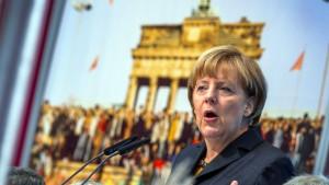 "Merkel nennt Debatte ""beklemmend"""