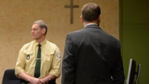 Pater bestreitet vor Gericht Missbrauch