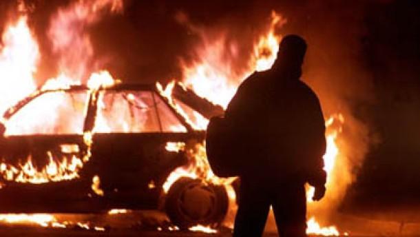 18 Verletzte bei Straßenschlachten in Belfast