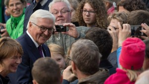 """Steinmeier warnt vor """"Mauern aus Enttäuschung"""""""