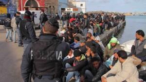 Rom verspricht Tunesiern Aufenthaltsgenehmigungen
