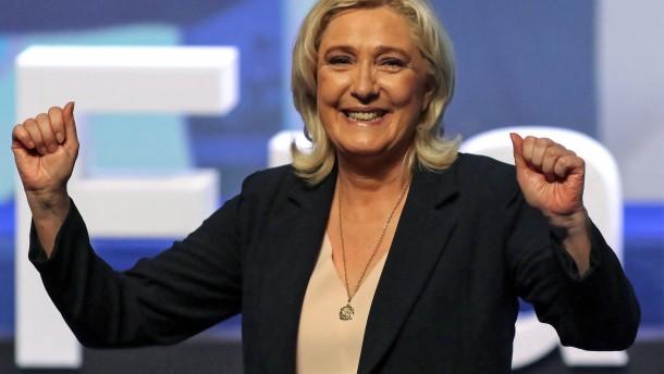Wie sich Le Pen gegen Macron positioniert