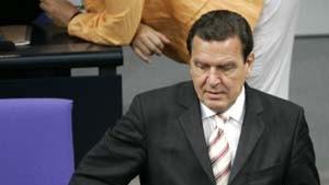 Schröder gewinnt - und verliert das Vertrauen