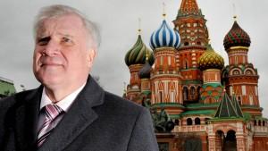 Seehofers Moskau-Reise löst Kritik aus