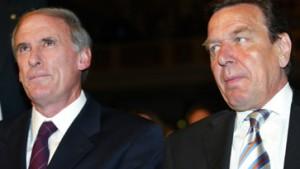 Schröder verteidigt Irak-Kurs und beschwört Freundschaft zu Amerika
