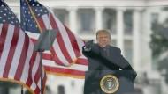 Der amerikanische Präsident Donald Trump: Muss er diesmal Konsequenzen spüren?