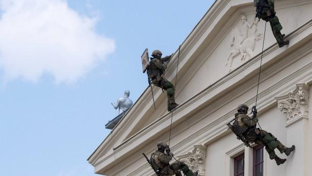 KSK-Hauptmann richtete Hilferuf an Kramp-Karrenbauer